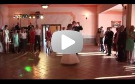 Pierwszy taniec na wesoło